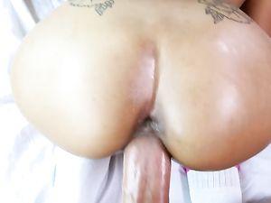 Wet Pussy Teen Girlfriend Needs His Big Cock Inside Her