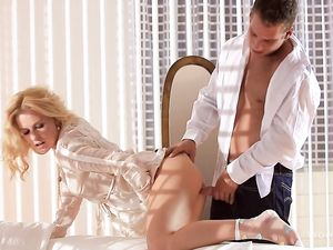 Erotic Fuck From Behind Of His Beautiful Blonde GF