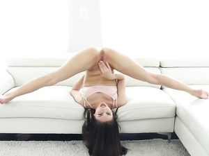 Skinny Girl Bends In Wild Ways As They Fuck