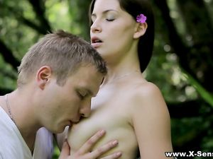 Hooking Up In The Woods With A Beautiful Teenager