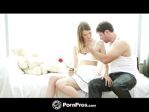 Romancing A Pretty Teen And Stuffing Her With Dick