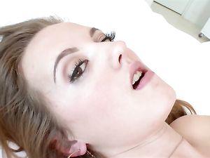 Dick Sucking Teen Girl With Gorgeous Brown Eyes
