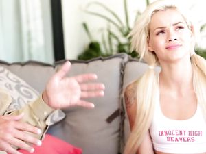 Cheerleader Elsa Jean Fucks The Older Dude