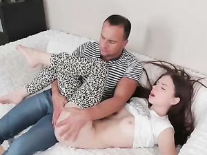 Booty Of A Pale Cutie Gets Pounded By A Big Dick