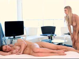 Two Hotties Sharing A Long Pulsating Dong