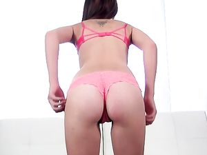 Casting Cutie Sucks Cock And Spreads For A Good Fucking