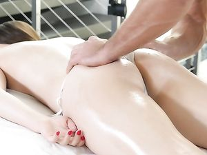 Teen In A White Bikini Gets A Rubdown And A Fuck
